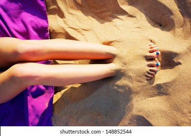 buried-in-the-sand-stories-fetish