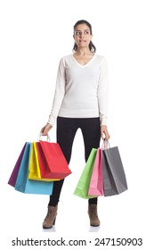 girl shopping with bags