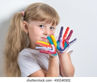girl with stained in vivid colors palms