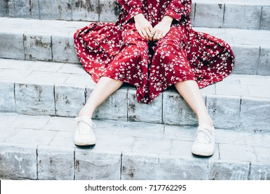 girl suffering from  fear, beautiful young asian girl sitting alone