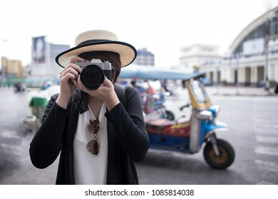 Girl Traveling Sightseeing Holiday Photography Concept