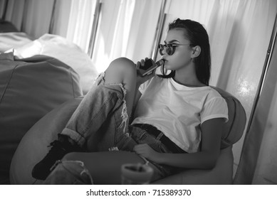 girl with the vape