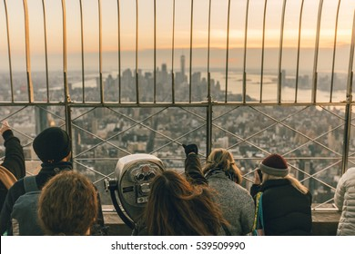 Girl with view to Downtown Manhattan