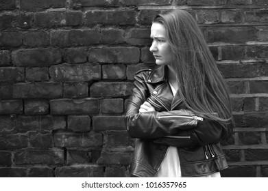 girl waiting on street