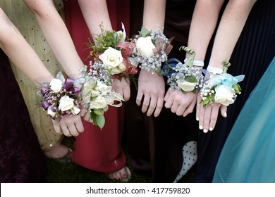 Girls with Corsage Flowers for Prom Dresses Beautiful