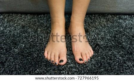 Girls feet pics