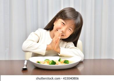 Girls have dinner(cream stew)