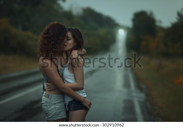 smooch.com gratis dating er vi dating eller hænger ud quiz
