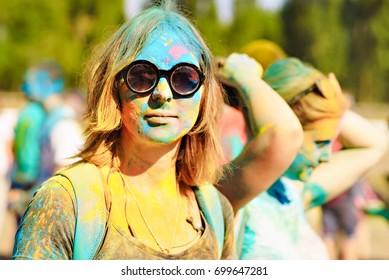 girls paint holi stock photo edit now 699647263 shutterstock