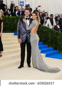 Giselle Bundchen and Tom Brady attend the 2017 Metropolitan Museum of Art Costume Institute Gala at the Metropolitan Museum of Art in New York, NY on May 1st, 2017