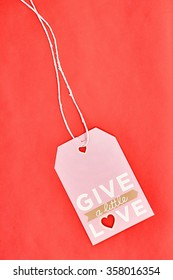 Give alittle love tag