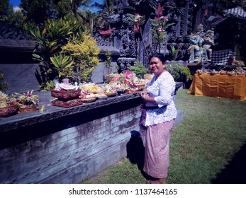 Giving Offerings To The Dead Soul At Dalem Temple Ringdikit Village North Bali