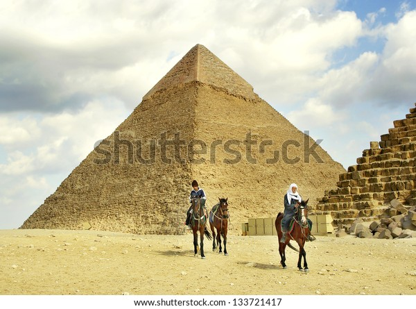 GIZA, EGYPT - JANUARY 15: Waiting for tourists on January 15, 2006 in Giza near Cairo. Tourism is an important item in the Egyptian economy. Giza is UNESCO World Heritage Site