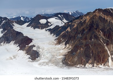 Glacial flows at Pinnacle Peak in Kluane National Park, Yukon, Canada