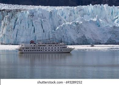 Glacier Bay Cruise, Margerie Glacier