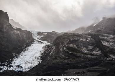 Gígjökull glacier flowing out of the Eyjafjallajökull glacier, South Iceland