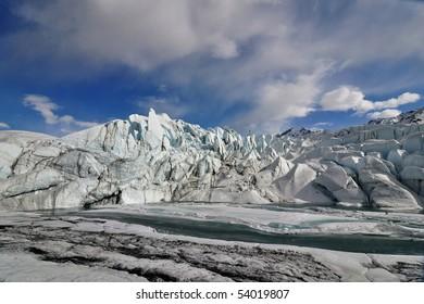 Glacier lake wideangle