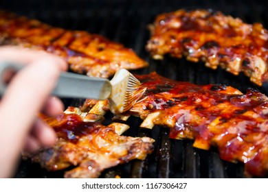Glacing some wonderful ribs on the grill