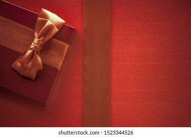 Glamour celebration, wrapped luxe boxes and shopping sale concept - Luxury gifts with golden bow as holiday background, Valentines Day presents surprise