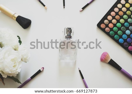 Glamour feminine cosmetic background in natural colour. Cosmetic objects  frame with brushes f812ecf07d