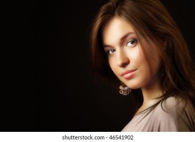 Glamour portrait of elegant beautiful young woman