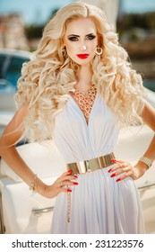 Glamour sexy woman. vogue style model on yacht luxury lifestyle, fashionable tanned lady portrait sea vacation, Sensual blonde beautiful female with perfect body and long healthy hair,