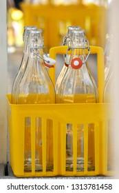 glass bottles for water