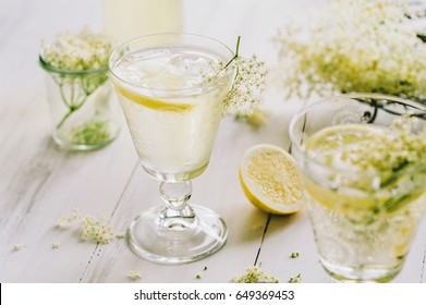 glass of elderflower lemonade