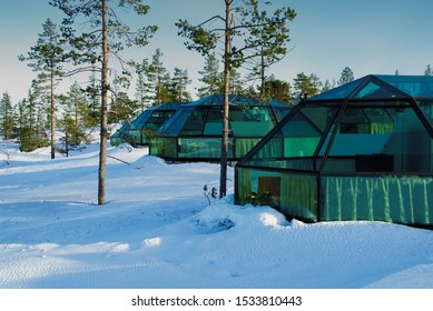 Glass houses for spend a winter holiday in Finnish Lapland