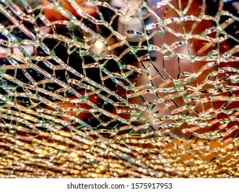 Glass plate has cracks And blurred backgrounds