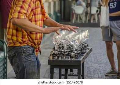 glass player