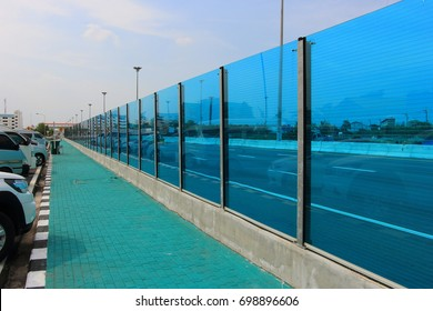 Glass soundproof noise barrier