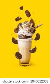 glasses milkshake with cookies