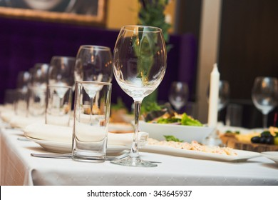 glasses on restaurant. table appointments.