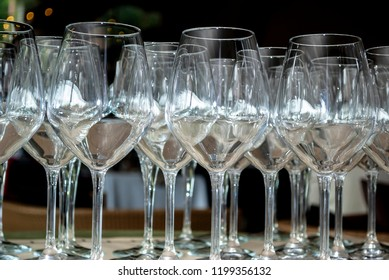 Glasses to toast