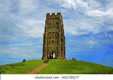 Glastonbury, Somerset, England. 26th May 2017. View of Glastonbury Tor.