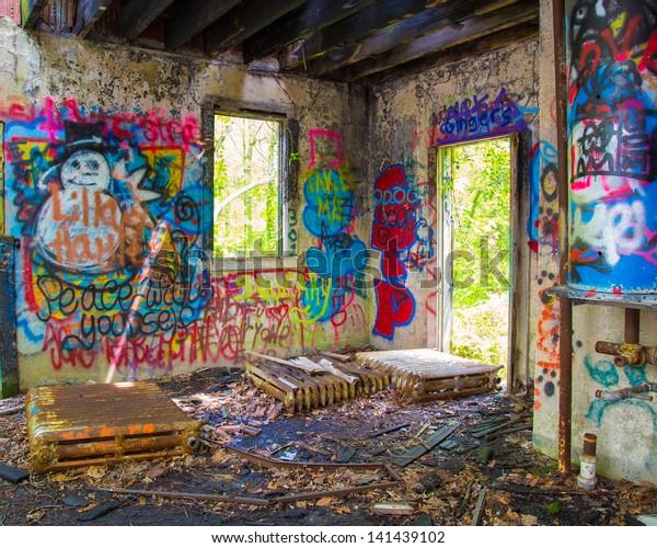 Glen Cove Ny May 10 Graffiti Stock Photo (Edit Now) 141439102