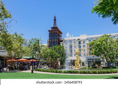 Glendale, JUN 30: Afternoon view of the famous Americana at Brand shopping mall on JUN 30, 2019 at Glendale, Los Angeles County, California