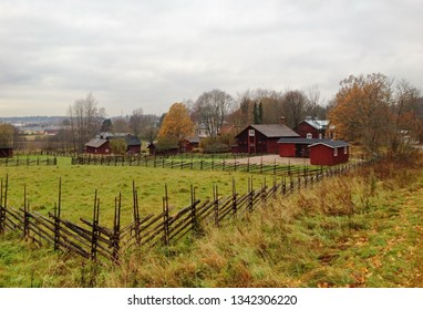 The Glims Farmstead Museum offers a glimpse of the Espoo of yesteryear. The museum buildings are 19th century farm and inn houses on their original site in Finland.