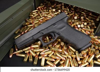Glock 17 9mm Handgun with ammo box