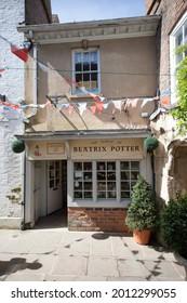 Gloucester, Gloucestershire, UK 04 24 2021 The Beatrix Potter, Tailor of Gloucester shop in Gloucester in the UK