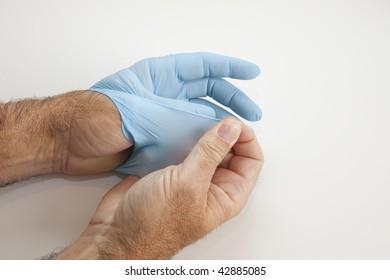 Glove Left Remove