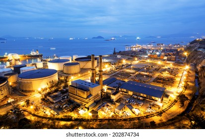 Glow light of petrochemical industry, Hong Kong