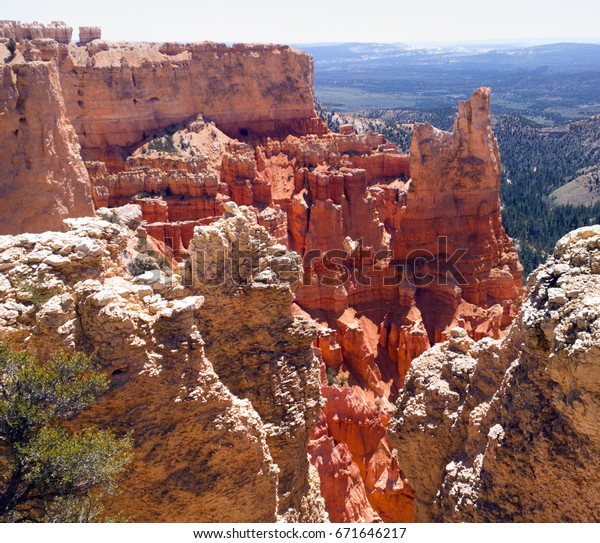 Glowing red rock formations at Paria View, Bryce Canyon National Park, Utah. Elevation: 8175 feet.