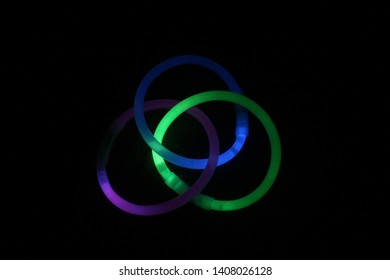 Glowsticks arranged in a circular pattern