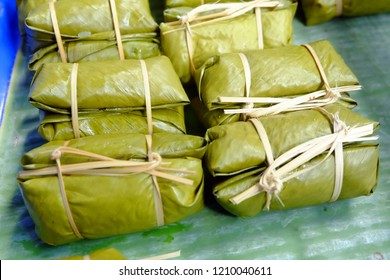 glutinous Bananas with Sticky Rice steamed in banana leaf, image 1