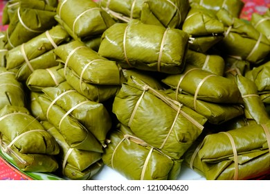 glutinous Bananas with Sticky Rice steamed in banana leaf, image 6