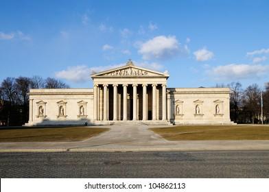 The Glyptothek at the Koenigsplatz in Munich, Germany (Museum of ancient sculptures)