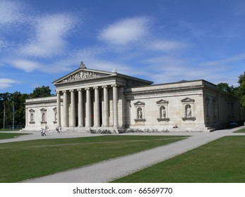 The Glyptothek in Munich.