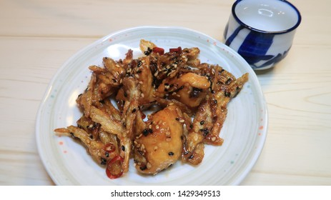 Gobo and Chikin Kinpira : Burdock root and Chikin with sweet soy flavor.
